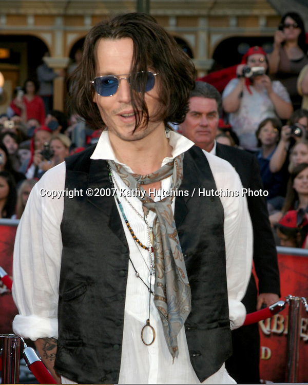 "Johnny Depp.""Pirates of the Caribbean: At World's End"" Premiere.Disneyland.Anaheim, CA.May 19, 2007.©2007 Kathy Hutchins / Hutchins Photo...."