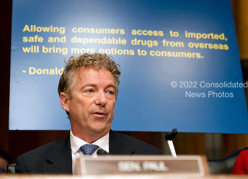 United States Senator Rand Paul (Republican of Kentucky) questions Alex M. Azar II as he testifies before the US Senate Committee on Health, Education, Labor and Pensions on his nomination to be Secretary of Health and Human Services on Capitol Hill in Washington, DC on Wednesday, November 29, 2017.<br /> Credit: Ron Sachs / CNP