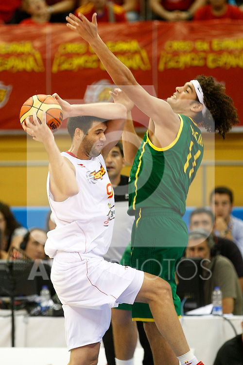 Spain's Felipe Reyes (l) and Brasil's Anderson Varejao during Friendly match.August, 17, 2010. (ALTERPHOTOS/Acero)