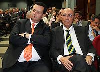 ATENCAO EDITOR: FOTO EMBARGADA PARA VEICULO INTERNACIONAL - SAO PAULO, SP, 10 DEZEMBRO 2012 - PALESTRA HENRIQUE MEIRELLES NA ASSOCIACAO COMERCIAL DE SP-  O prefeito de Sao Paulo Gilberto Kassab (esquerda) participou da palestra do ex presidente do Banco Central do Brasil Henrique Meirelles na reuniao do Conselho Politico e Social da Associacao Comercial de Sao Paulo em sua sede na Se regiao central da cidade nessa segunda, 10. (FOTO: LEVY RIBEIRO / BRAZIL PHOTO PRESS)