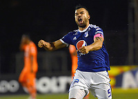 ENVIGADO -COLOMBIA, 21-10-2018: Andres Cadavid jugador de Millonarios celebra después de anotar el segundo gol de su equipo a Envigado FC durante partido por la fecha 16 de la Liga Águila II 2018 realizado en el Polideportivo Sur de la ciudad de Envigado. / Andres Cadavid player of Millonarios celebrates after scoring the second goal of his team to Envigado FC during match for the date 16 of the Aguila League II 2018 played at Polideportivo Sur in Envigado city.  Photo: VizzorImage/ Leon Monsalve / Cont