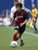 17 April 2004: MetroStars Joselito Vaca in action against DC United at Giants' Stadium in East Rutherford, New Jersey.  MetroStars defeated DC United, 3-2.