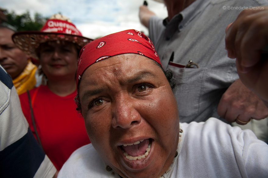 7 July 2009 - Tegucigalpa, Honduras  Supporters of ousted Honduran President Manuel  Zelaya during a press conference given by Xiomara Castro, Manuel Zelaya in Tegucigalpas. Photo credit: Benedicte Desrus
