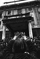 Milano: donne in manifestazione a favore della la legge sull' aborto e per l'autodeterminazione. 21 Genn 1978.<br /> Milan: women's demonstration in favor of the law on abortion.  Jan 21 1978