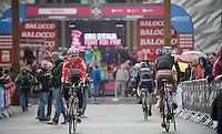 Kenny Dehaes (BEL/Lotto-Belisol) returning from the sign-in<br /> <br /> Giro d'Italia 2014<br /> stage 2: Belfast-Belfast <br /> 219km