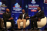 Neu-Hall-of-Famer Emmitt Smith (M.) mit Jerry Rice (l). und Michael Irvin (r.)<br /> NFL Hall of Fame PK *** Local Caption *** Foto ist honorarpflichtig! zzgl. gesetzl. MwSt. Auf Anfrage in hoeherer Qualitaet/Aufloesung. Belegexemplar an: Marc Schueler, Alte Weinstrasse 1, 61352 Bad Homburg, Tel. +49 (0) 151 11 65 49 88, www.gameday-mediaservices.de. Email: marc.schueler@gameday-mediaservices.de, Bankverbindung: Volksbank Bergstrasse, Kto.: 52137306, BLZ: 50890000