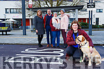 Joan Ann Brosnan and her guide dog Katie are appealing for people to stop parking in the bus stop in Library Square Killorglin with l-r: Julie Talbot, Cllr Damian Quigg, Lynn Fenton and Catriona Brosnan