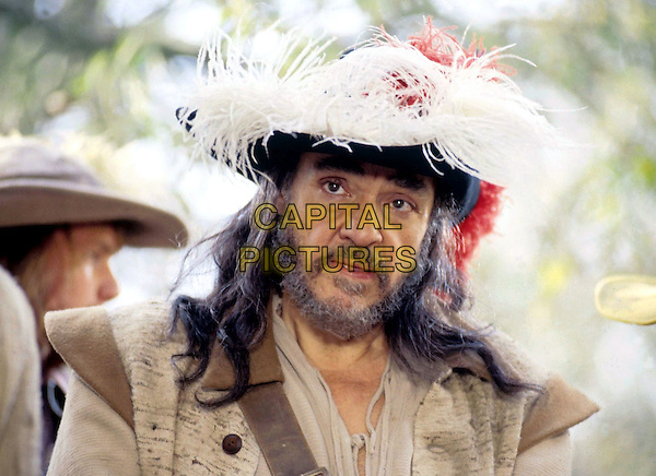 JOHN RHYS-DAVIES.in La Femme Musketeer.Filmstill - Editorial Use Only.CAP/AWFF.supplied by Capital Pictures.