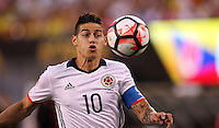 NEW JERSEY - UNITED STATES, 17-06-2016: James Rodriguez, jugador de Colombia (COL) durante partido por los cuartos de final entre Colombia (COL) y Peru (PER)  por la Copa América Centenario USA 2016 jugado en el estadio MetLife en East Rutherford, Nueva Jersey, USA. /  James Rodriguez,  player of Colombia (COL) during a match for the quarter of finals between Colombia (COL) and Peru (PER) for the Copa América Centenario USA 2016 played at MetLife stadium in East Rutherford, New Jersey, USA. Photo: VizzorImage/ Luis Alvarez /Cont.