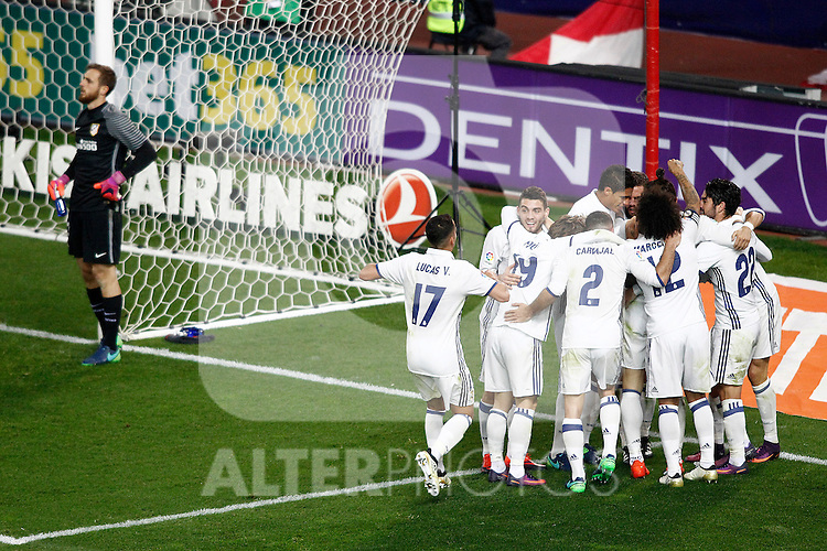 Real Madrid's players celebrate goal in presence of Atletico de Madrid's Jan Oblak during La Liga match. November 19,2016. (ALTERPHOTOS/Acero)