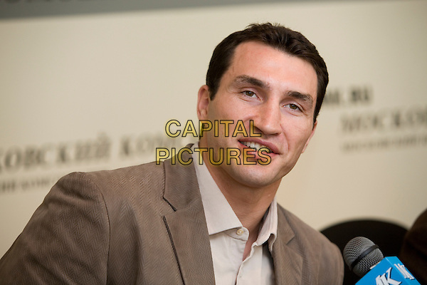 Wladimir Klitschko.Press conference in the newspaper the Moscow member of the Komsomol, Russia..March 15th, 2007.headshot portrait brown .CAP/PER/AM.©AM/PersonaStars/CapitalPictures