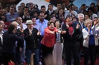ATENCAO EDITOR: FOTO EMBARGADA PARA VEICULOS INTERNACIONAIS. SAO PAULO, SP, 01 DE OUTUBRO DE 2012 - ELEICOES 2012 -  A Presidente Dilma Roussef, o ex-Presidente Lula comparecem a comicio do candidato a prefeitura da cidade, Fernando Haddad, PT, nesta noite de segunda-feira (01), na Cohab Jose Bonifacio, bairro de Guaianazes, zona leste da capital. FOTO RICARDO LOU - BRAZIL PHOTO PRESS