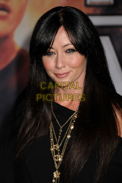 "SHANNEN DOHERTY.""Race to Witch Mountain"" Los Angeles Premiere at the El Capitan Theatre, Hollywood, California, USA..March 11th, 2009.headshot portrait shannon black gold necklaces .CAP/ADM/BP.©Byron Purvis/AdMedia/Capital Pictures."