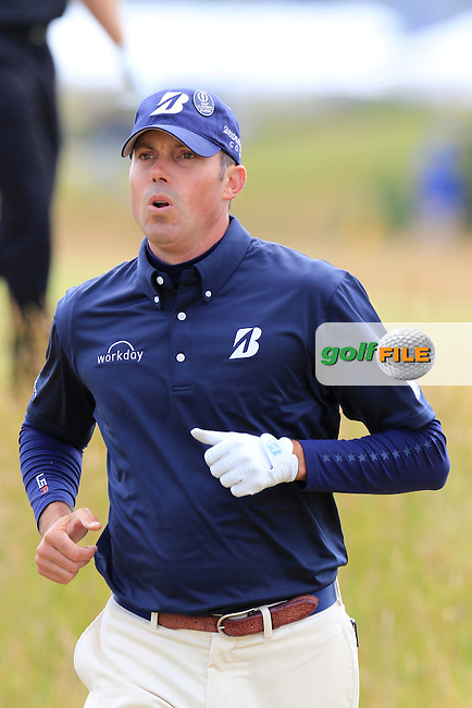Matt Kuchar (USA) runs to the 15th tee during Monday's Final Round of the 144th Open Championship, St Andrews Old Course, St Andrews, Fife, Scotland. 20/07/2015.<br /> Picture Eoin Clarke, www.golffile.ie