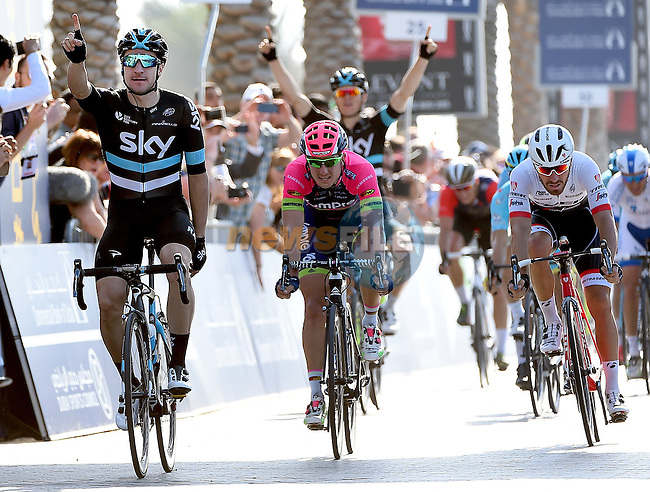 Elia Viviani (ITA) Team Sky wins the bunch sprint at the end of Stage 2, the Nakheel Stage, of the 2016 Dubai Tour starting at the Dubai International Marine Club and running 188km to Palm Jumeirah Atlantis, Dubai, United Arab Emirates. 4th February 2016.<br /> Picture: ANSA/Daniel Del Zannaro | Newsfile<br /> <br /> <br /> All photos usage must carry mandatory copyright credit (&copy; Newsfile | Eoin Clarke)