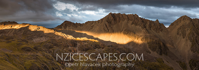 Dramatic sunset over Angelus Range, Nelson Lake National Park, South Island, New Zealand, NZ