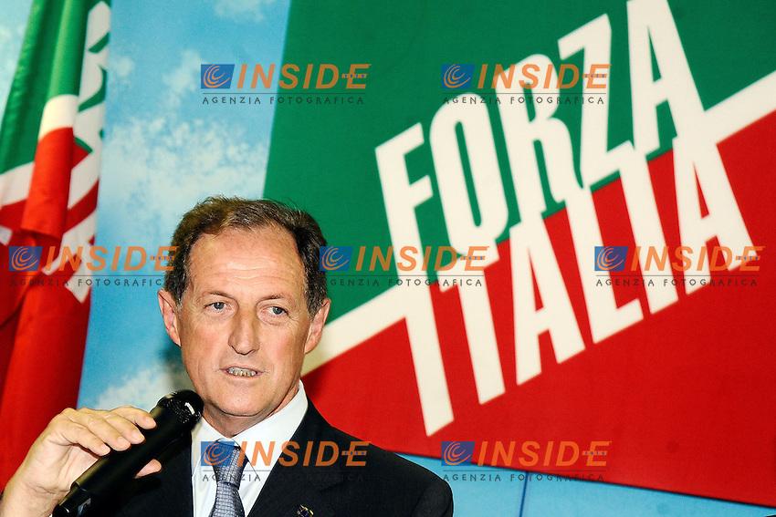 """Mario Mantovani <br /> Milano 20/09/2013 Viale Monza<br /> conferenza stampa 'Da Pdl a Forza Italia' <br /> Press conference """"From PDL to Forza Italia"""" <br /> foto Andrea Ninni/Image/Insidefoto"""