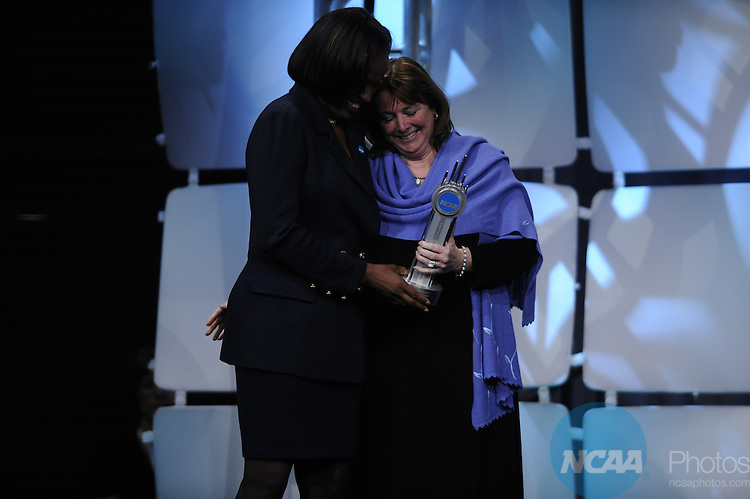 15 JAN 2010: Jackie Joyner-Kersee during the Honors Celebration at the 2010 NCAA Convention held at the Marriott Marquis and the Hyatt Regency in Atlanta, GA. Brett Wilhelm/NCAA Photos