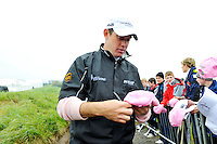 Lee Westwood signs autographs after finishing his play during Round 2 of the 3 Irish Open on 15th May 2009 (Photo by Eoin Clarke/GOLFFILE)