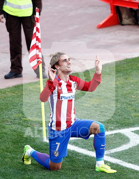 Atletico de Madrid's Antoine Griezmann celebrates goal during La Liga match. March 19,2017. (ALTERPHOTOS/Acero)