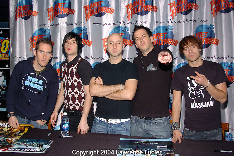 Chuck Comeau, David Derosiers, Jeff Stinco, Pierre Bouvier, and Sebastien Lefebvre of Simple Plan