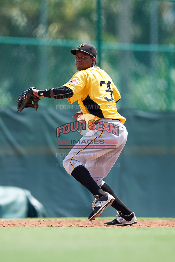 Pittsburgh Pirates third baseman Johan De Jesus (36) during an Instructional League Intrasquad Black & Gold game on September 28, 2016 at Pirate City in Bradenton, Florida.  (Mike Janes/Four Seam Images)