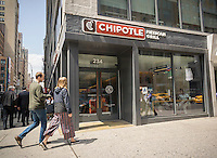 A Chipotle Mexican Grill restaurant in New York on Tuesday, April 26, 2016. Both Chipotle and Panera Bread are expected to report their first-quarter earnings after the bell. Chipotle's norovirus and e.coli travails are expected to bring down earnings which analysts expect to help rival Panera Bread. (© Richard B. Levine)