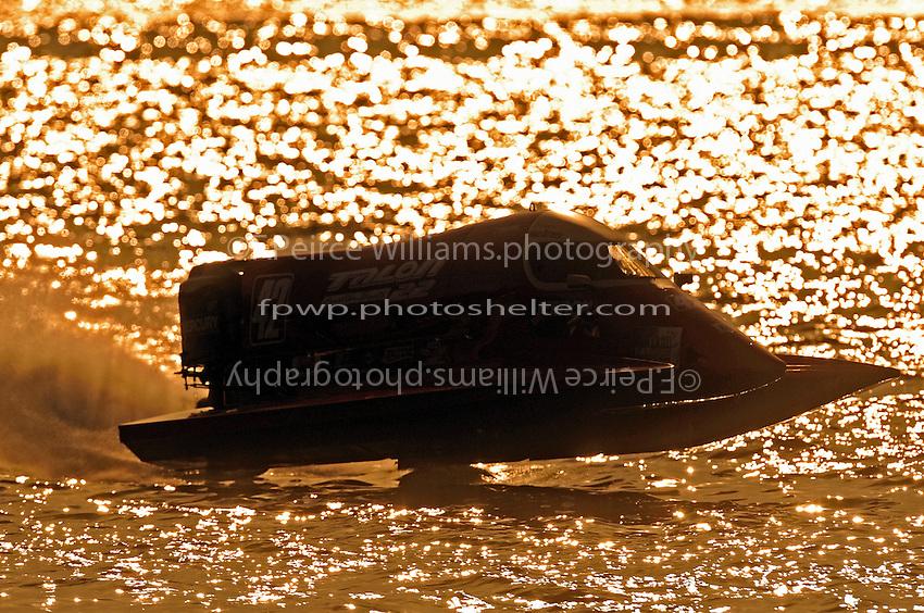 3-4 May 2008, Pickwick,TN USA.Eventual winner Shaun Torrente flies his Grand Prix/Mercury as the sun sets on the final heat..©2008 F.Peirce Williams