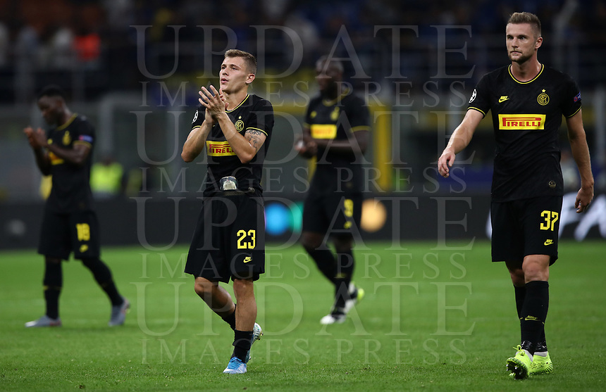 Football Soccer: UEFA Champions League -Group Stage- Group F Internazionale Milano vs  SK Slavia Praha, Giuseppe Meazza stadium, September 17, 2019.<br /> Inter's players greet supporters at the end of the Uefa Champions League football match between Internazionale Milano and Slavia Praha at Giuseppe Meazza (San Siro) stadium, September 17, 2019.<br /> Match's result 1-1.<br /> UPDATE IMAGES PRESS/Isabella Bonotto