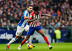 Thomas Teye Partey of Atletico de Madrid (R) fights for the ball with Borja Iglesias Quintas of RCD Espanyol during the La Liga 2018-19 match between Atletico de Madrid and RCD Espanyol at Wanda Metropolitano on December 22 2018 in Madrid, Spain. Photo by Diego Souto / Power Sport Images