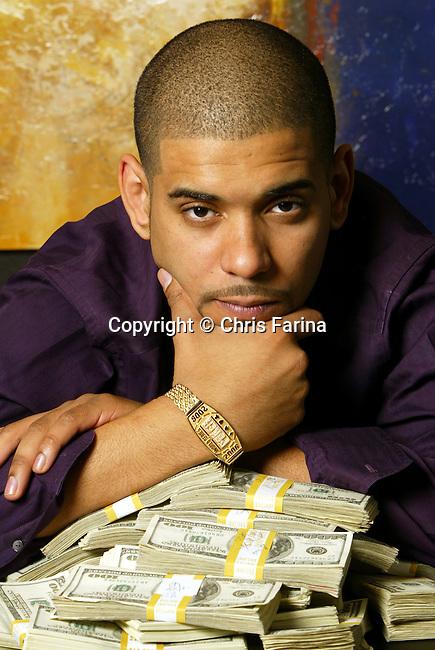 July 28,2006,Las Vegas,Nevada  ---  Poker player David Williams at home.  --- Photo Credit : Chris Farina -  copyright 2006
