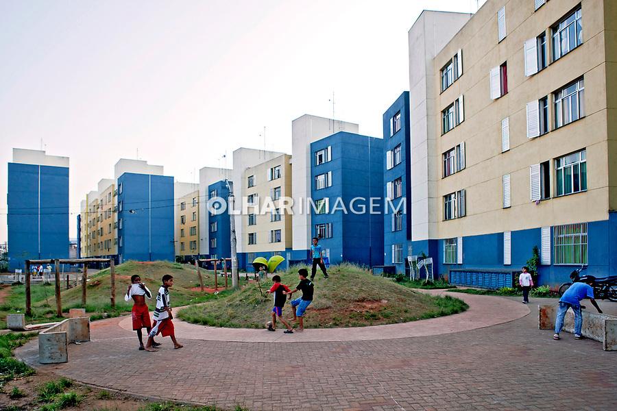Conjunto habitacional no Jaguaré. São Paulo. 2010. Foto de Rogério Reis.