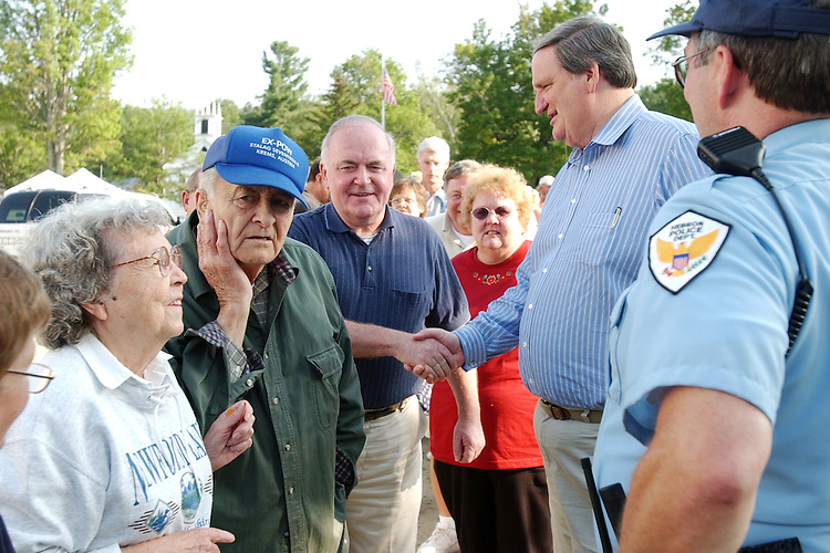 smith001/073002 - Sen. Bob Smith, R-N.H., greets attendees at the Hebron Old Home Day in Hebron, New Hampshire.