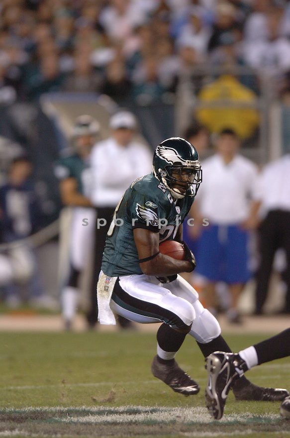CORRELL BUCKHALTER, of the Philadelphia Eagles , in action against the   Green Bay Packers on October 2, 2006 in Foxborough, Ma...Eagles win 31-9..Tomasso DeRosa / SportPics.