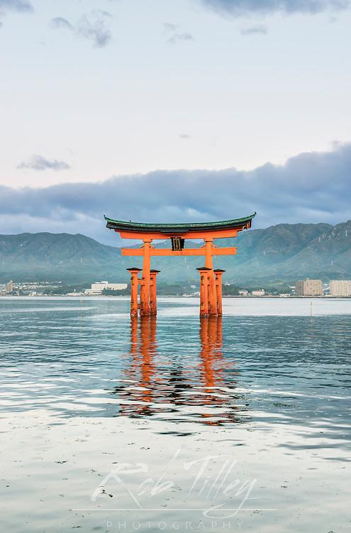 Japan, Miyajima, Itsukushima Shrine, Floating Torii Gate