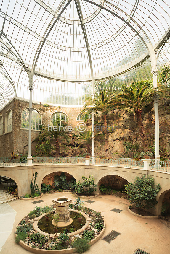 France, Alpes-Maritimes (06), Beausoleil, le Riviera Palace, le jardin d'hiver attribué à Gustave Eiffel. (property release OK pour usage presse et livres) // France, Alpes Maritimes, Beausoleil, the Riviera Palace, the conservatory attributed to Gustave Eiffel (property release OK for press and books only).