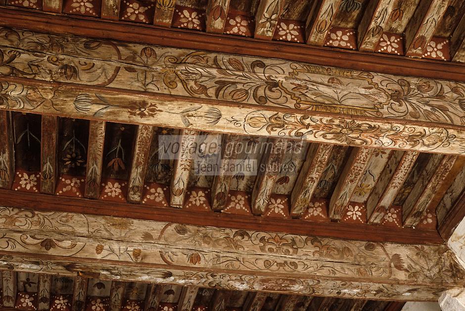 Europe/France/Midi-Pyrénées/46/Lot/Vallée du Lot/Cenevières: Château -Détail décoration des poutres Salon du XVIème