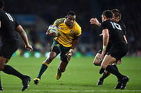 Tevita Kuridrani of Australia in possession. Rugby World Cup Final between New Zealand and Australia on October 31, 2015 at Twickenham Stadium in London, England. Photo by: Patrick Khachfe / Onside Images