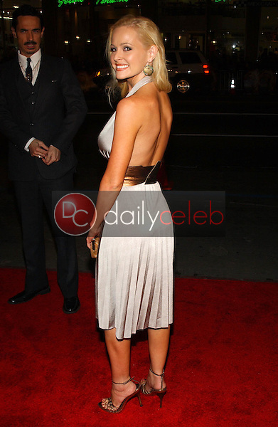 Katie Lohmann<br />at the premiere of &quot;Blood Diamond&quot;. Grauman's Chinese Theatre, Hollywood, CA. 12-06-06<br />Dave Edwards/DailyCeleb.com 818-249-4998