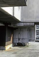 Tokyo: Capsules stacked above slab first story. Kisho Kurokowa, architect. Photo '81.