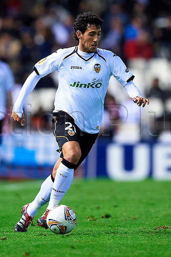 05.04.2012 Valencia, Spain. Valencia versus AZ Alkmaar. Daniel Parejo of Valencia CF in action during second leg of Quarter final game played at the Estadio Mestalla. Valencia won the game by a score of 4-1 on the night and 5-2 on aggregate to proceed to the semi-final round.