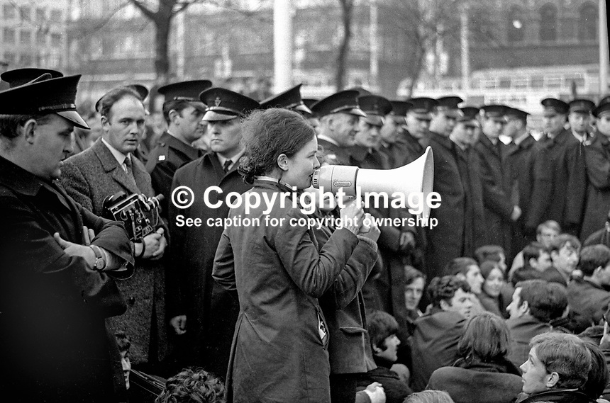 Student addrresses fellow students during sit-down in Donegall Square East, Belfast, N Ireland, as part of the civil rights campaign, the precursor to the N Ireland Troubles. 196810160240b. <br />