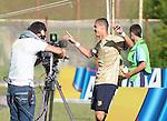 Águilas Doradas goleó 3-0 a Atlético Huila en el gramado sintético del estadio Alberto Grisales, de Rionegro, en contienda de la fecha 15 de la Liga Águila 2015 II