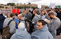 "Manifestazione ""Family Day"" al Circo Massimo, in sostegno della famiglia tradizionale, contro la legge sulle unioni civili in discussione al Senato, Roma, 30 gennaio 2016.<br /> Friars attend the ""Family Day"" rally at the Circus Maximus, in support of traditional family, against civil unions proposed law in discussion at the Italian Parliament, Rome, 30 January 2016.<br /> UPDATE IMAGES PRESS/Riccardo De Luca"