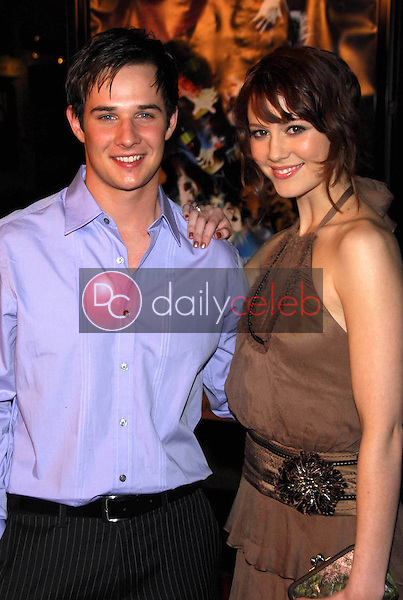 """Ryan Merriman and Mary Elizabeth Winstead<br />at the premiere of """"Final Destination 3"""". Grauman's Chinese Theatre, Hollywood, CA 02-01-06<br />Dave Edwards/DailyCeleb.com 818-249-4998"""
