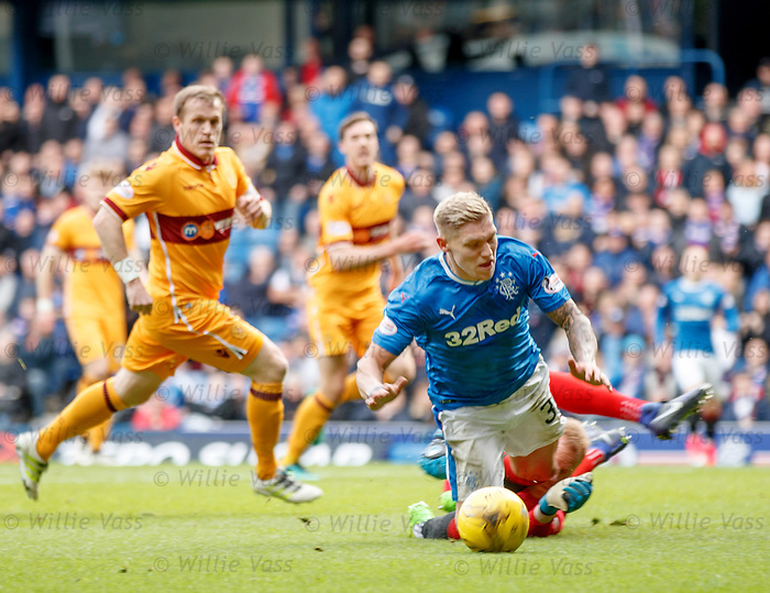Martyn Waghorn falls in the box