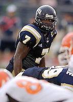 Florida International University Golden Panthers v. Bowling Green University Falcons at Miami, Florida on Saturday, September 16, 2006...Senior linebacker Keyonvis Bouie (7)