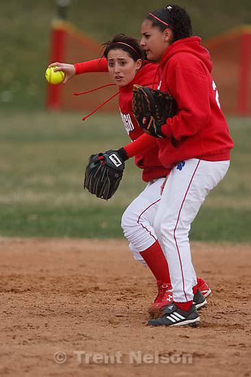 Salt Lake City - East vs. Murray high school girls softball, Tuesday March 24, 2009..lachelle holliday, elia martinez
