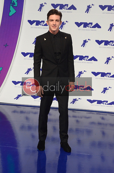 Drake Bell<br /> at the 2017 MTV Video Music Awards, The Forum, Inglewood, CA 08-27-17<br /> David Edwards/DailyCeleb.com 818-249-4998