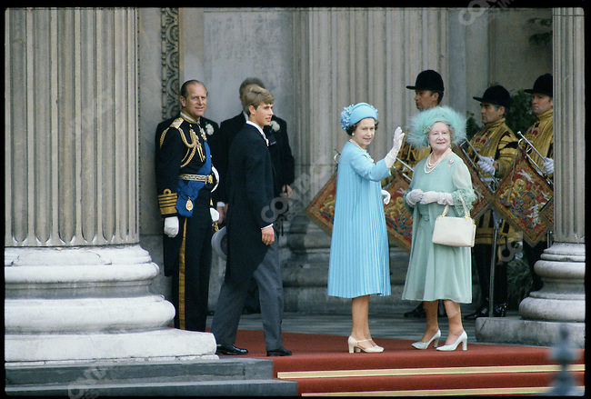 Queen Elizabeth, the Queen Mother and other members of the Royal Family arrive at St. Paul's Cathedral for the wedding of Prince Charles to Lady Diana Spencer. London, England, July  29, 1981.